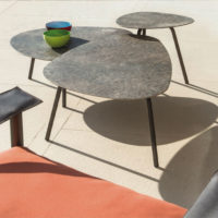 EMU-terramare-tavolino-1-forma-design