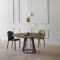 Miniforms-acco-tavolo-noce-forma-design