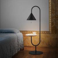 Miniforms-ozz-comodino-2-lampada-forma-design
