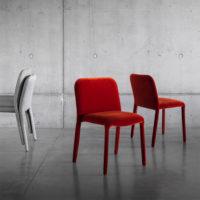Miniforms-pelè-velvet-rosso-1-forma-design