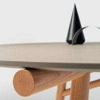 pianca-maestro-tavolo-round-forma-design