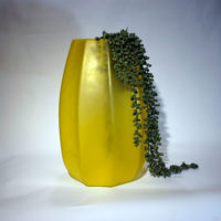 Edg-vaso-giallo-2-forma-design
