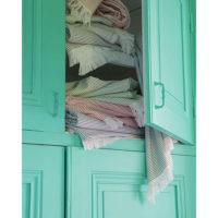 1306991000_PS4-forma-design-vivaraise-the-rug-republic-carpet-tappeti-asciugamani-towels-arredo-bagno-toilet-bathroom-accappatotio-cuscini-coperte-cushion-pillow-guanciale-plaid