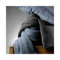 1307636000_PS2-forma-design-vivaraise-the-rug-republic-carpet-tappeti-asciugamani-towels-arredo-bagno-toilet-bathroom-accappatotio-cuscini-coperte-cushion-pillow-guanciale-plaid