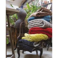 1307815000_PS2-forma-design-vivaraise-the-rug-republic-carpet-tappeti-asciugamani-towels-arredo-bagno-toilet-bathroom-accappatotio-cuscini-coperte-cushion-pillow-guanciale-plaid