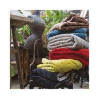 1307823000_PS2-forma-design-vivaraise-the-rug-republic-carpet-tappeti-asciugamani-towels-arredo-bagno-toilet-bathroom-accappatotio-cuscini-coperte-cushion-pillow-guanciale-plaid