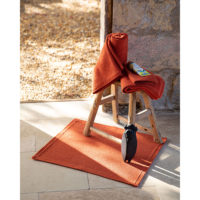 1308488000_PS3-forma-design-vivaraise-the-rug-republic-carpet-tappeti-asciugamani-towels-arredo-bagno-toilet-bathroom-accappatotio-cuscini-coperte-cushion-pillow-guanciale-plaid