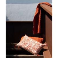 2243036000_PS2-forma-design-vivaraise-the-rug-republic-carpet-tappeti-asciugamani-towels-arredo-bagno-toilet-bathroom-accappatotio-cuscini-coperte-cushion-pillow-guanciale-plaid